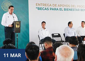 Gobierno federal entrega becas a estudiantes del TecNM en Chiapas